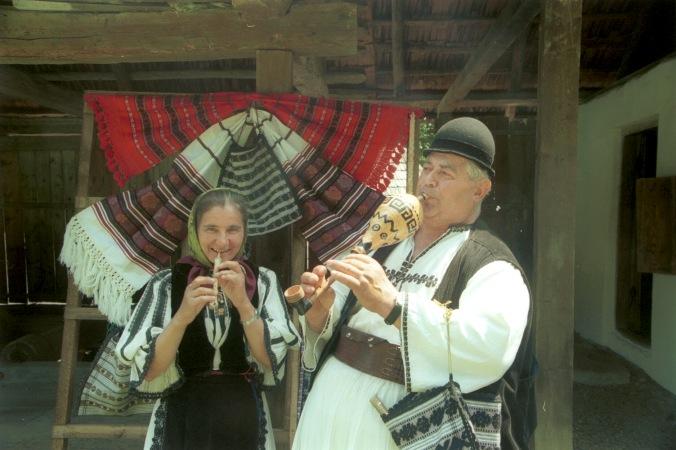 Târvul and Bâzoi